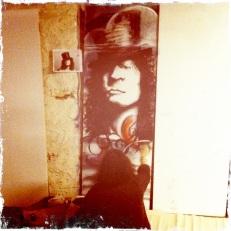 Bolan - door mural